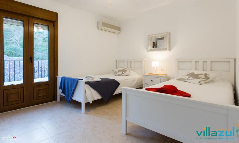 Villa Genovés 10
