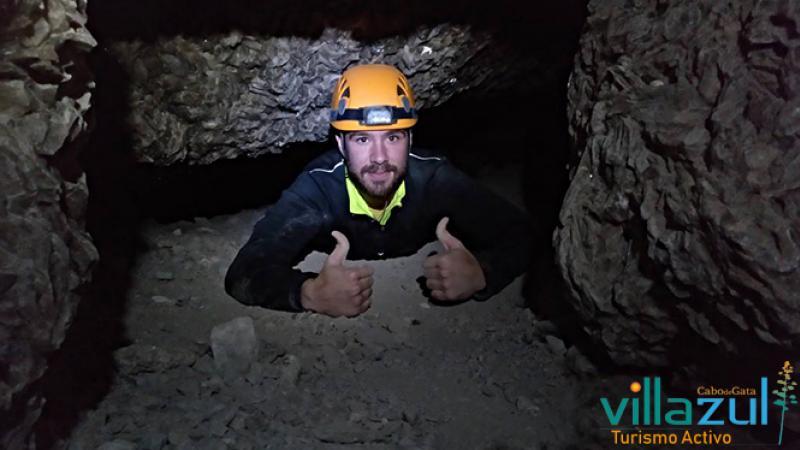Espeleología Cueva del Yeso - Villazul Turismo Activo Cabo de Gata