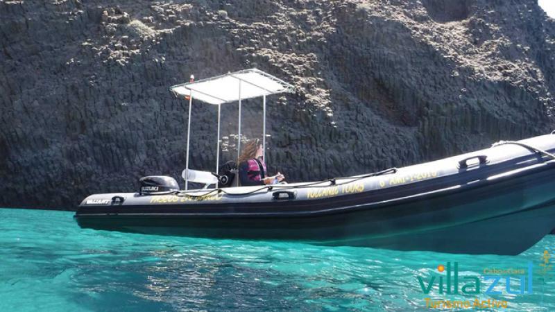 Rutas en Barco Arrecife de las Sirenas. Villazul Turismo Activo Cabo de Gata