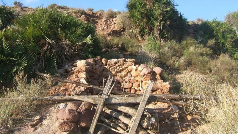 Pozo en el sendero Caldera de Majada Redonda