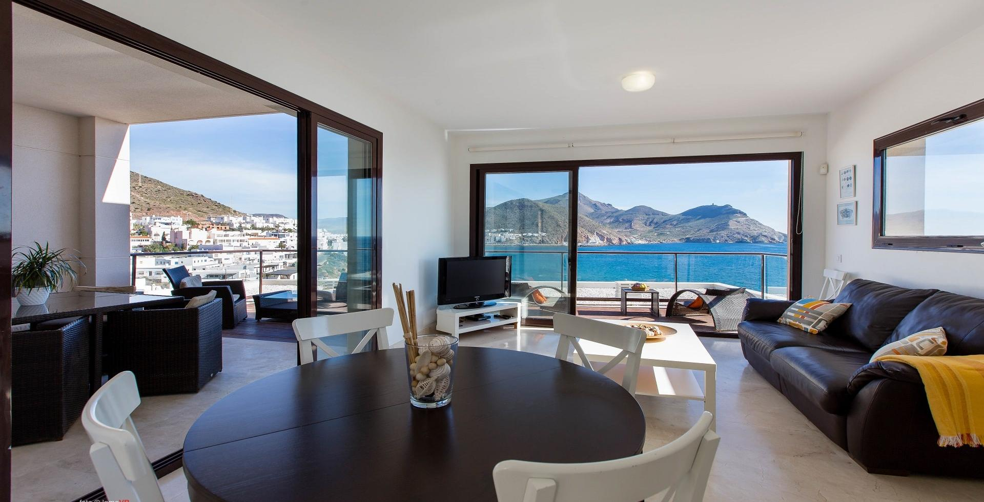 Alojamiento con vistas al mar